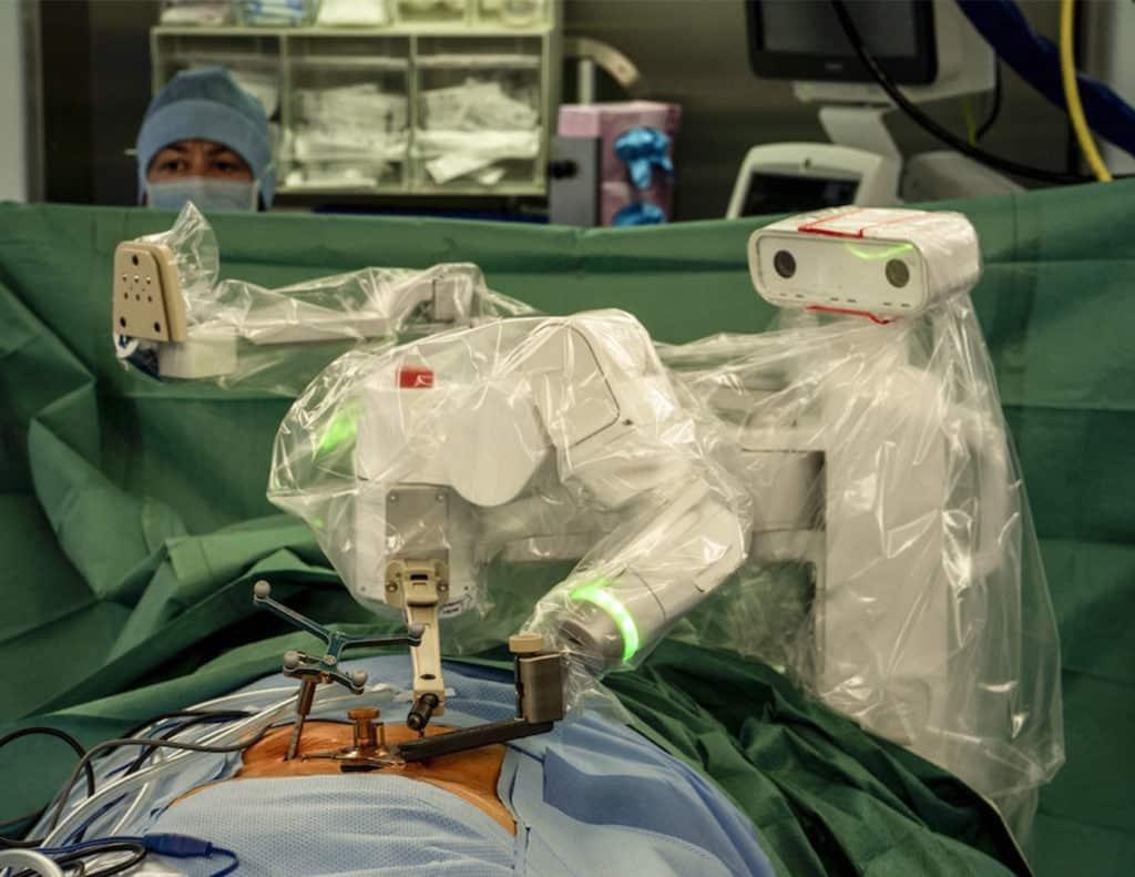 Equipement Centre Neuro Orthopédique Lausanne CNO Mazor X